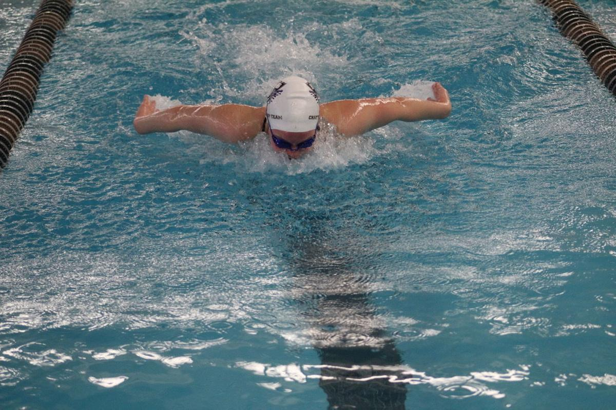 STATE SWIMMING: E'town ready to dive into championships; Hayes looks to defend title in 500 free