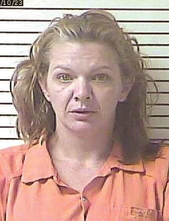 Woman charged with robbery, drug-related charges