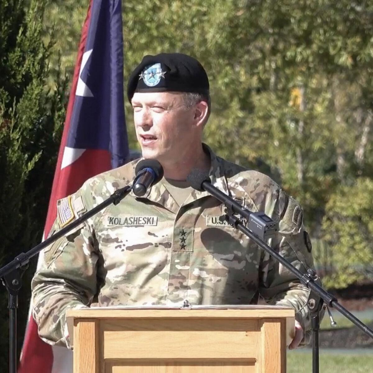 V Corps uncases flag, settles into new home at Fort Knox