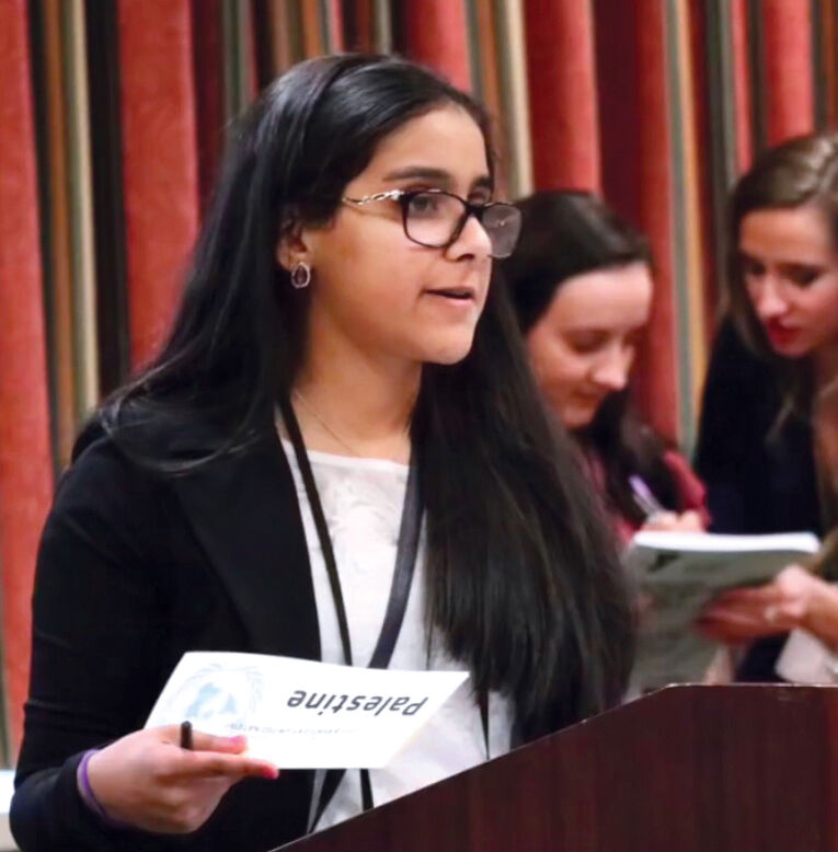 E'town teen achieves while giving back