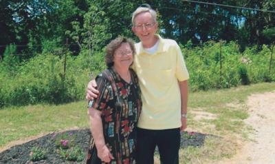 Hawkinses celebrate 50th wedding anniversary