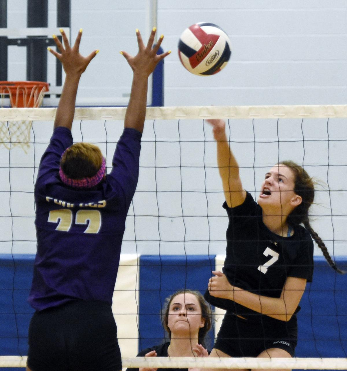 PREP VOLLEYBALL: Meade County topples Elizabethtown (09/03)