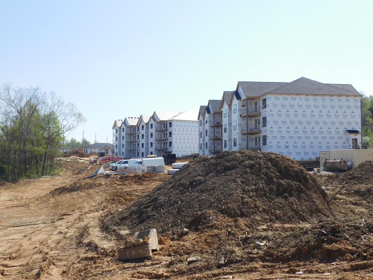 'Luxurious' E'town apartment complex to open this year