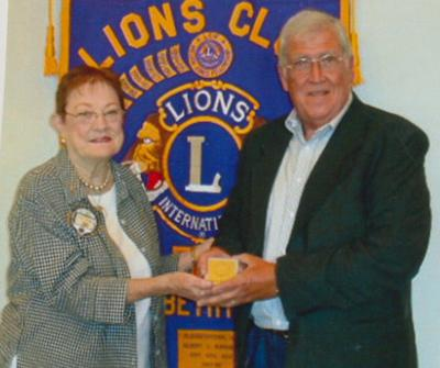 E'town Lions welcome Pettit as guest speaker