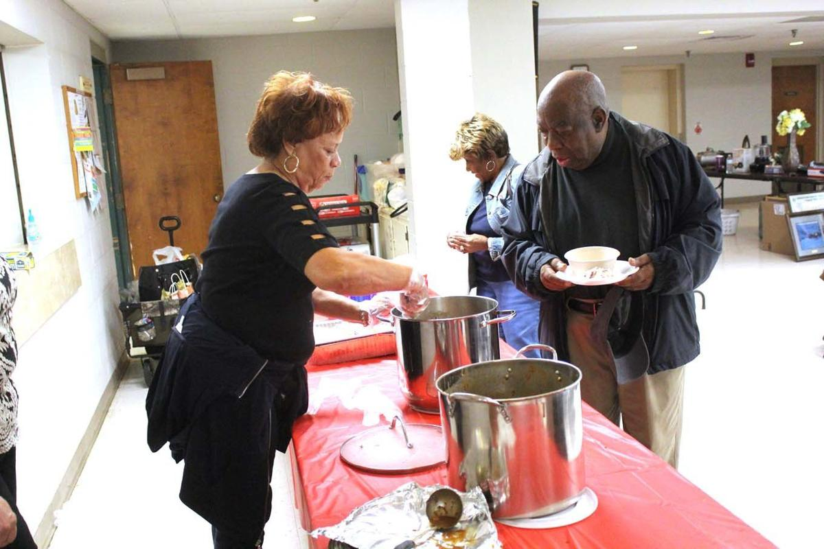 Crowd fills community center for Disabled American Veterans chili supper, auction