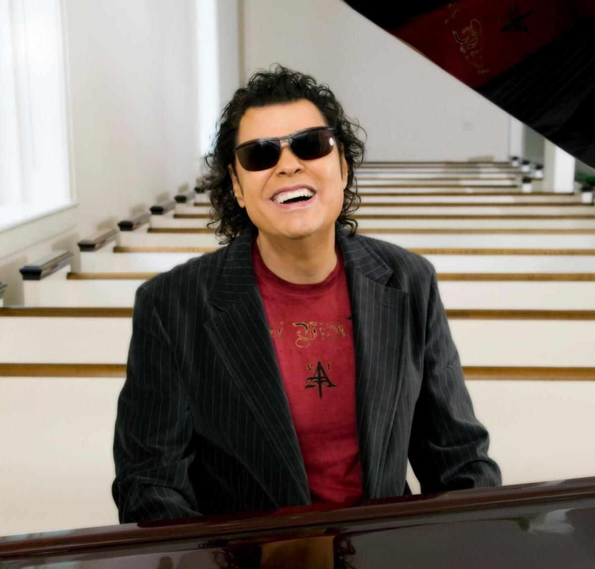 Glendale native joins Ronnie Milsap in concert Friday