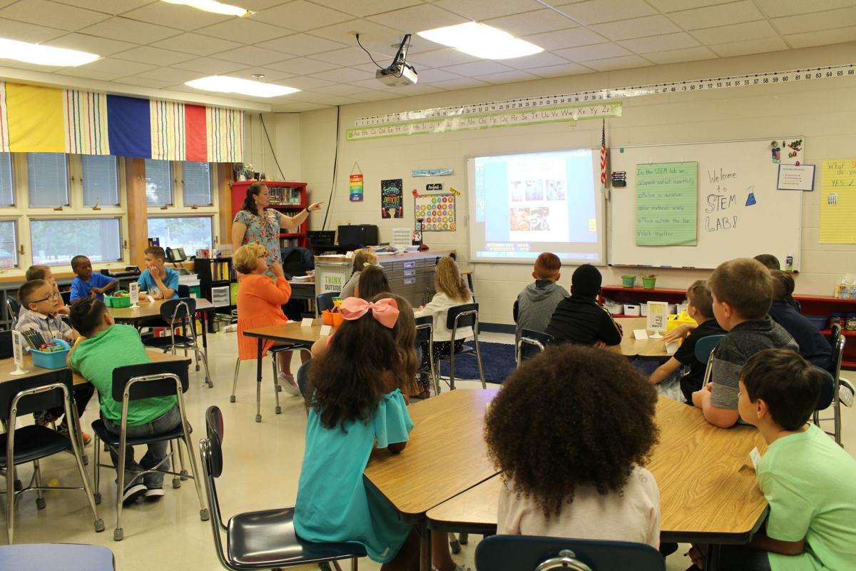 Helmwood Heights starts STEM lab