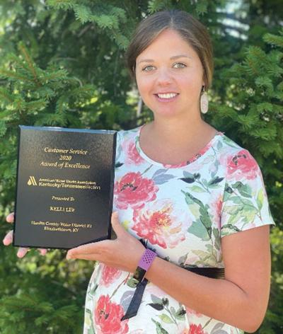 Water district No. 2's Kelli Lee receives customer service award