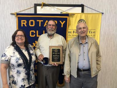 Elizabethtown Noon Rotary recognizes Jack Snyder Award winner