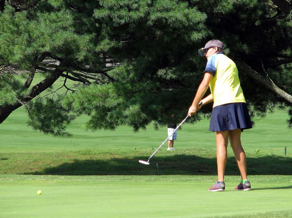 Girls Prep Golf Lady Trojans Qualify For Day 2 Sports