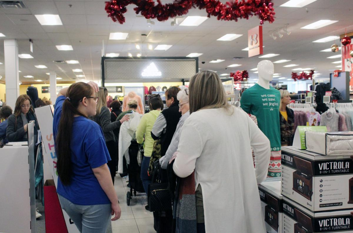 Early sales help decrease chaos for Black Friday shoppers