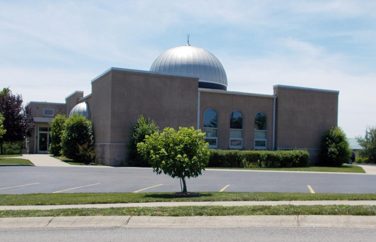 Muslim community invites public to meal | Worship ...