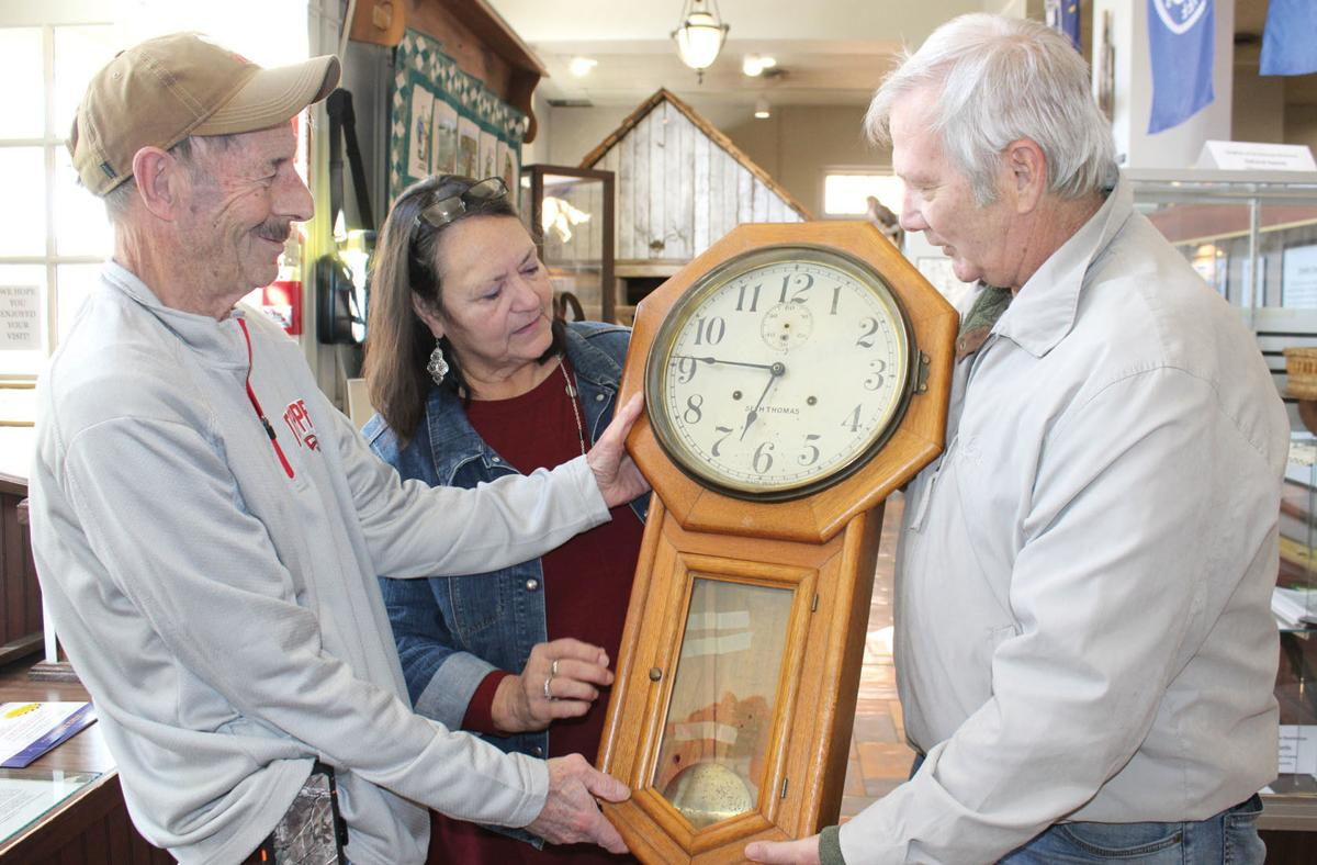 Historic railroad depot clock returns to E'town