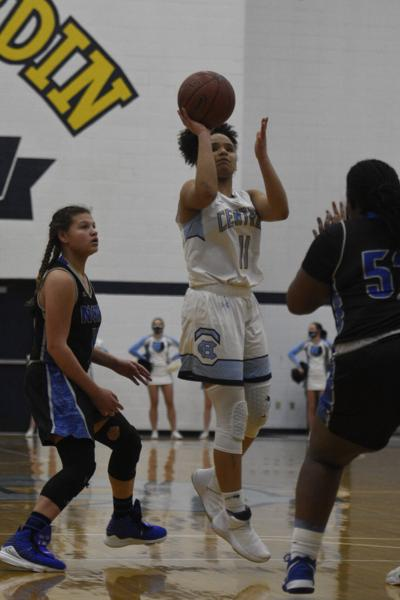 GIRLS' PREP BASKETBALL: Central holds off North