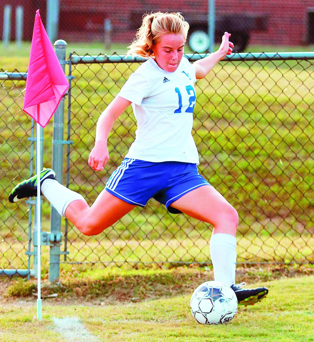 GIRLS' REGION SOCCER: Central, LaRue to meet; E'town gets a bye