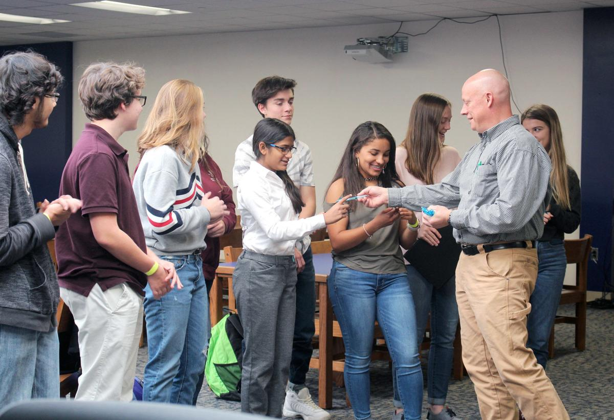E'town High students win $10K grant from MIT