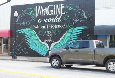 E'town mural aims to give hope, calls for accountability