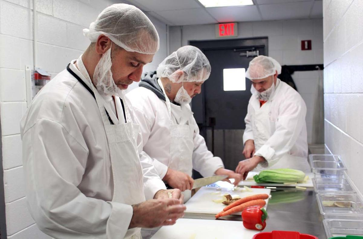 Inmates learn recipe for success in culinary classes