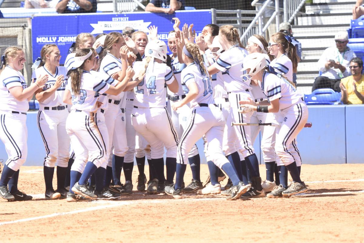 State Softball: PERFECTION!!! Goedde throws perfect game in 12-0 Lady Bruins quarterfinal win