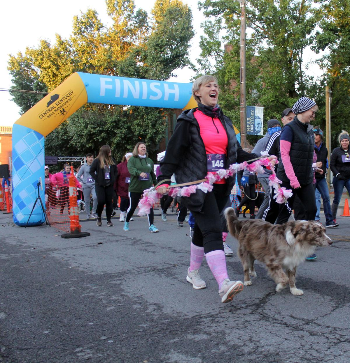 Tails & Ta-Tas draws crowd for breast cancer awareness