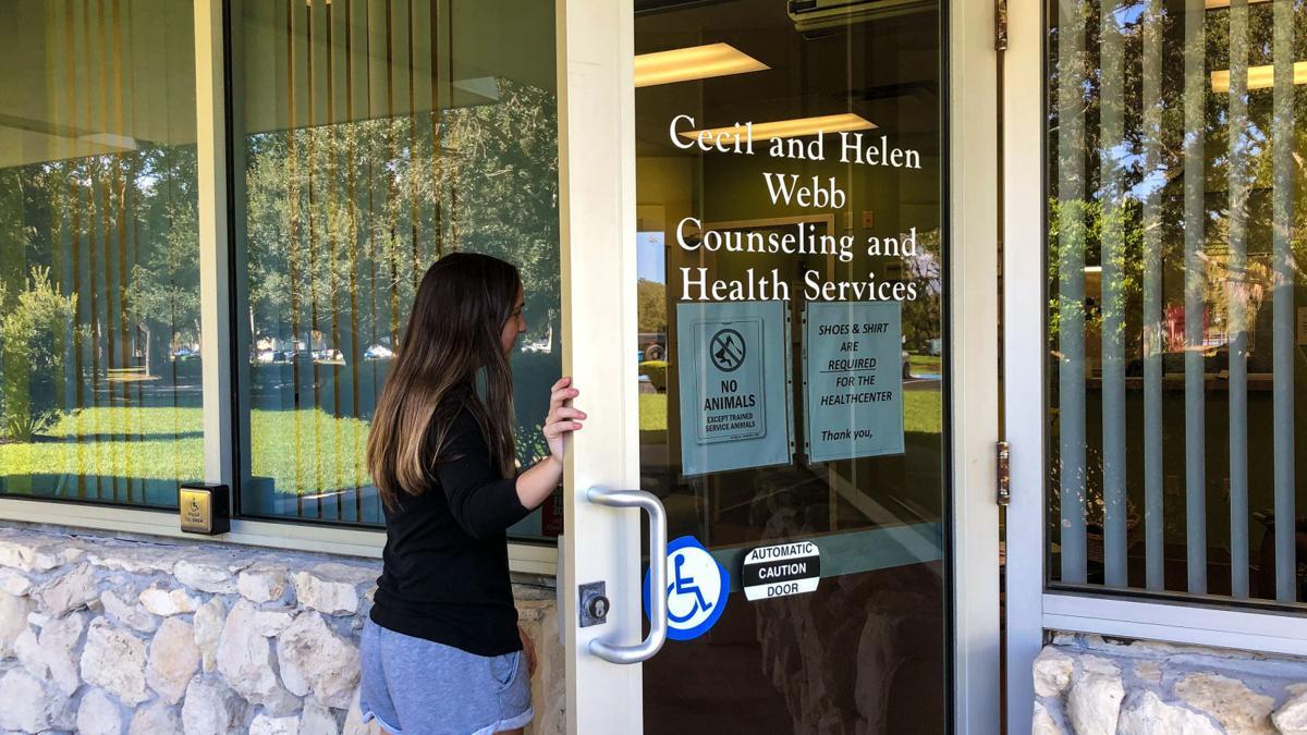 Students seek counseling, meet a long line