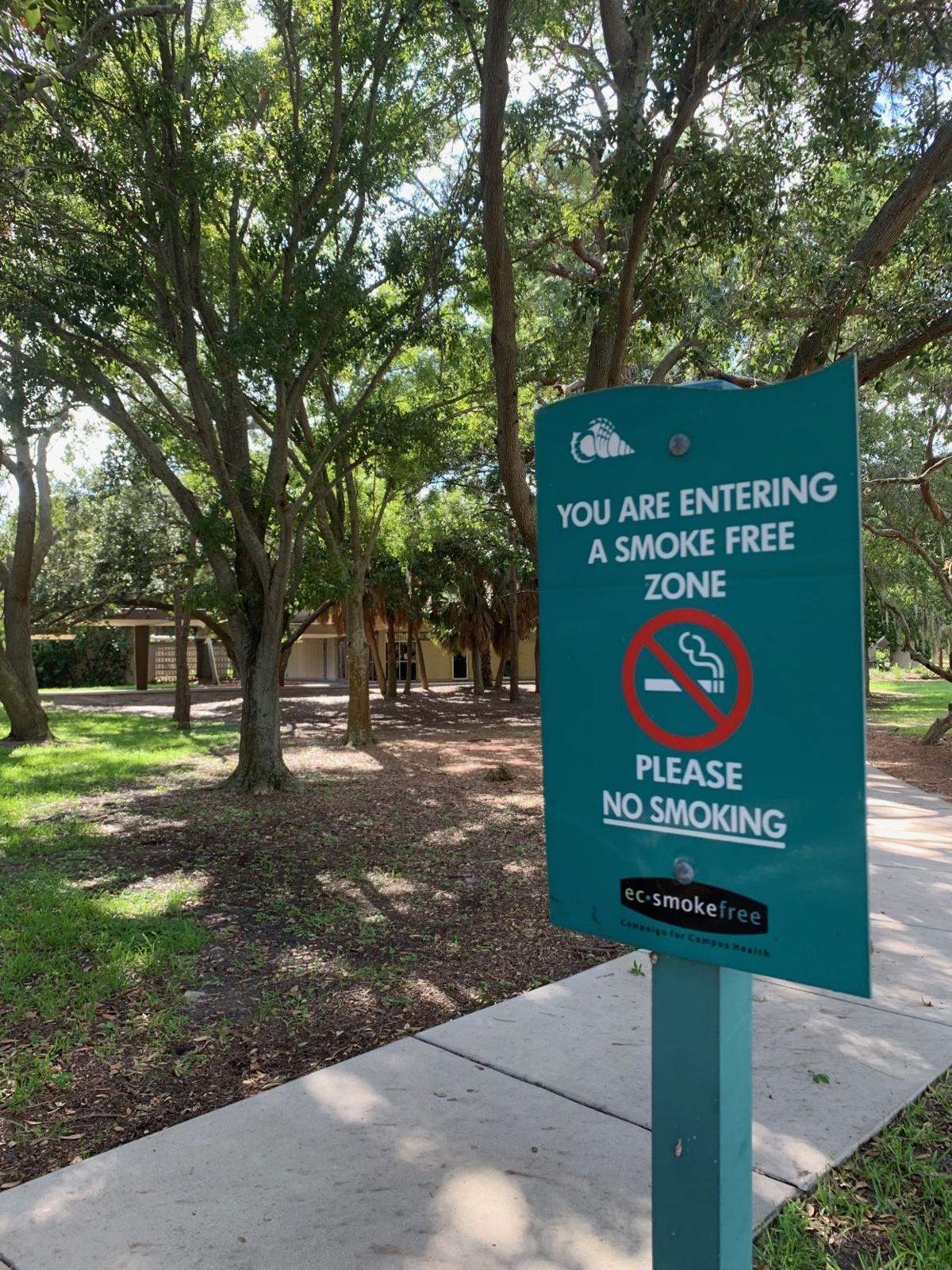 EC Smoke Free Sign