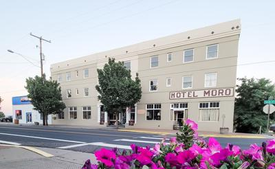 Eastern Oregon couple revive century-old Hotel Moro