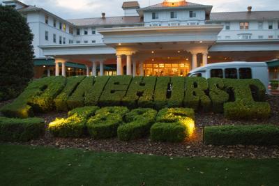 TEASER Pinehurst, Resort Sign