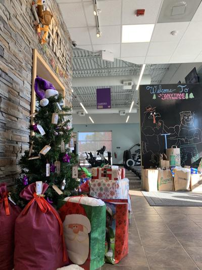 Anytime Fitness Christmas 4 Moore