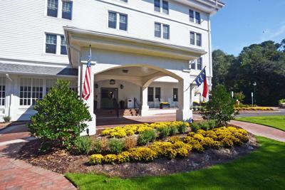 Manor Inn 09.jpg