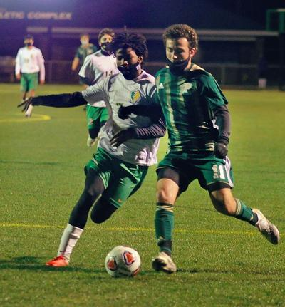 Pinecrest vs Richmond soccer 03.jpg