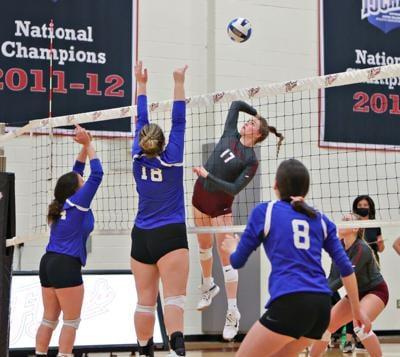 SCC vs USC-Lancaster Volleyball 2021-7.jpeg