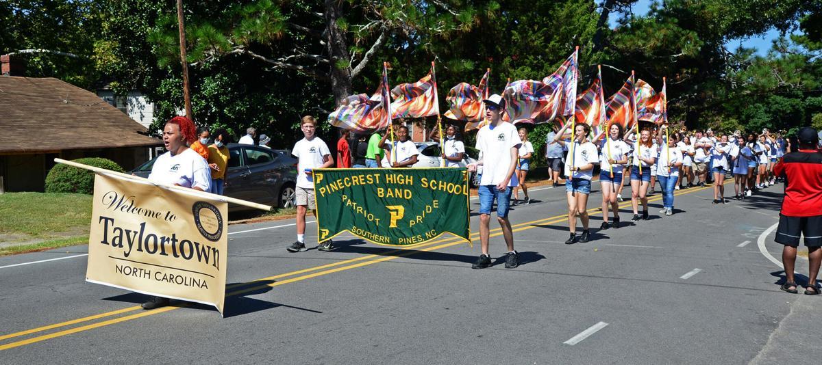 Taylortown Labor Day Parade 02.jpg