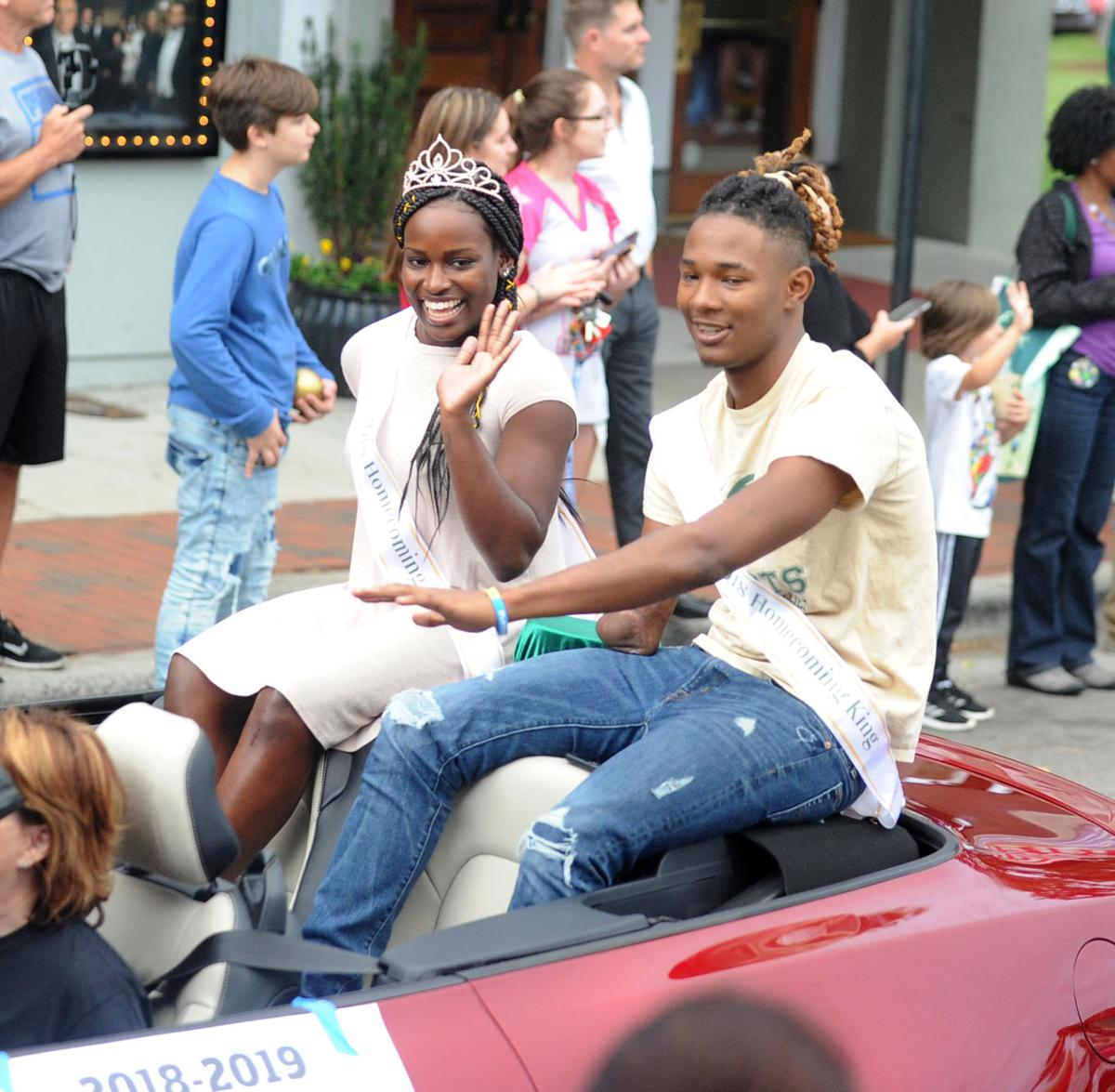 Pinecrest Homecoming Parade 01.jpg