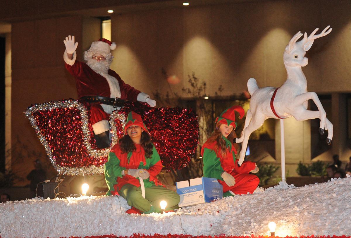 Carthage Christmas Parade 2020 Carthage Celebrates Christmas With Annual Parade | Gallery