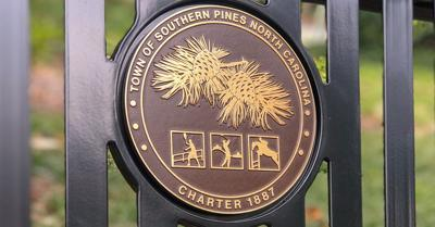 TEASER Southern Pines Town Emblem
