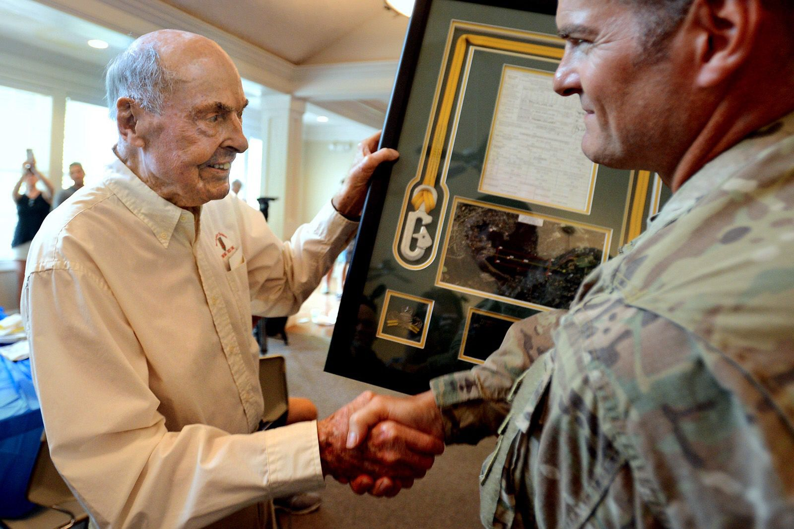 D-Day Hero Ray Lambert Dies at 100