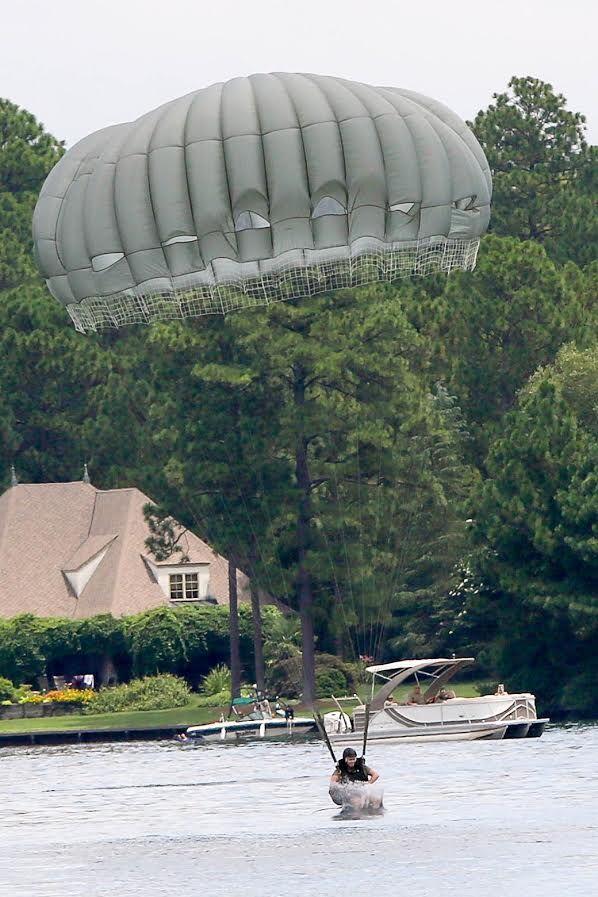 Lake Auman parachute jump 2020 - 1