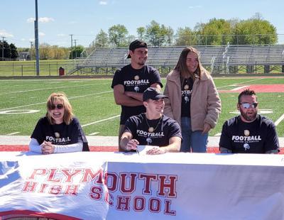 Reichard signing