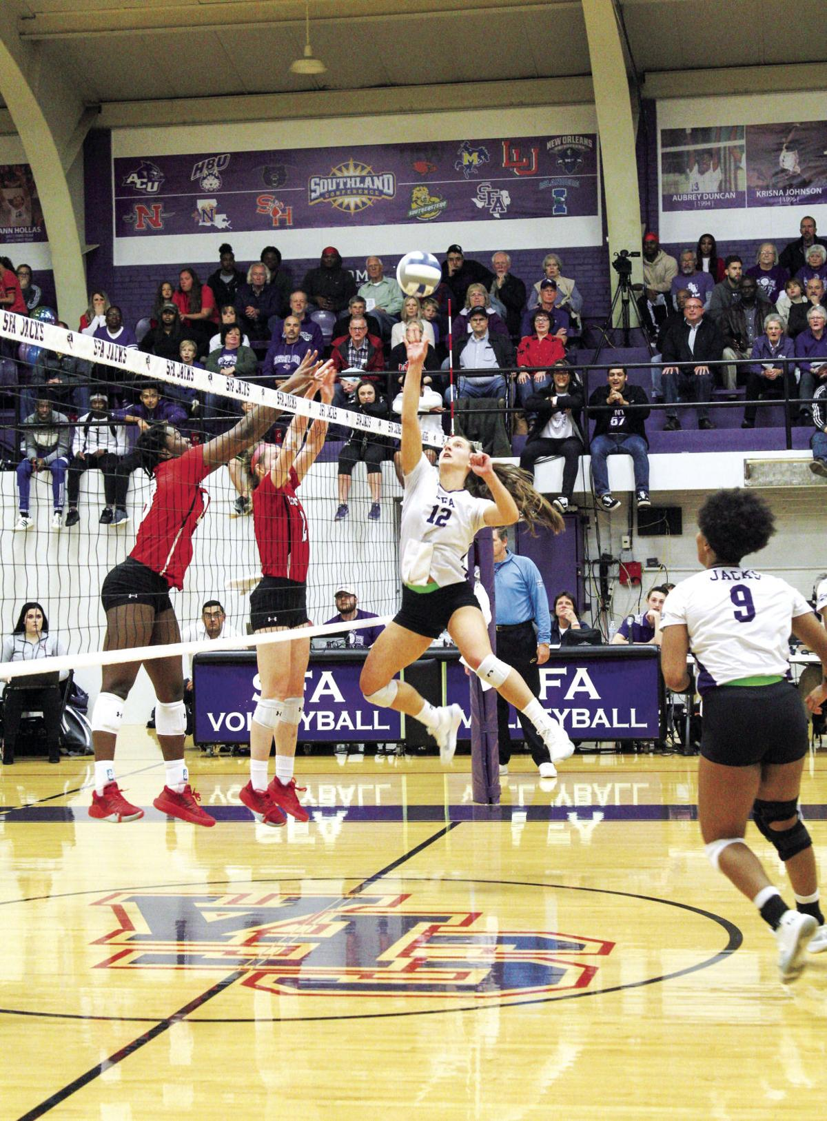 SFA volleyball team seeks its second straight conference tournament title