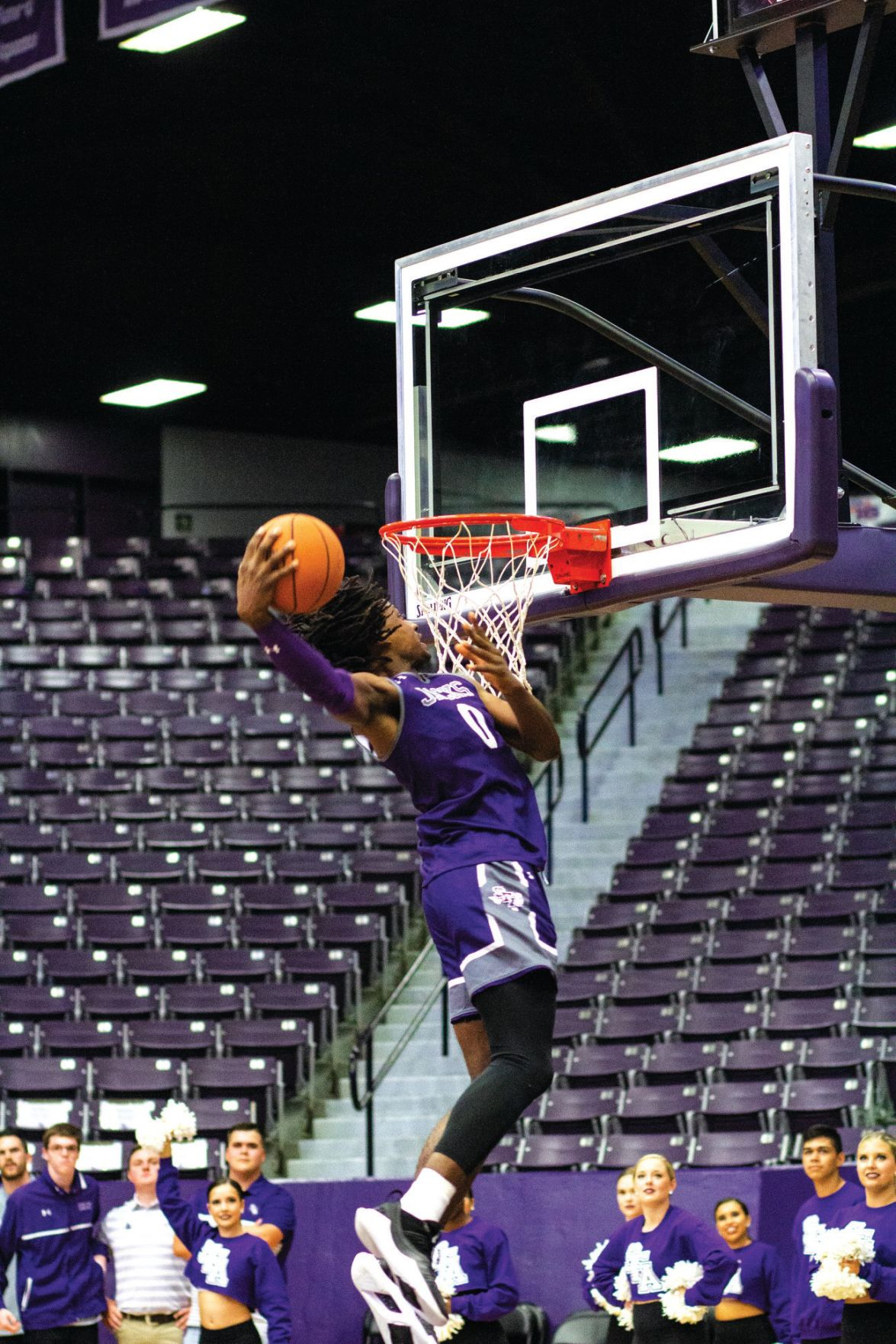 Basketball teams prepare for upcoming SLC season