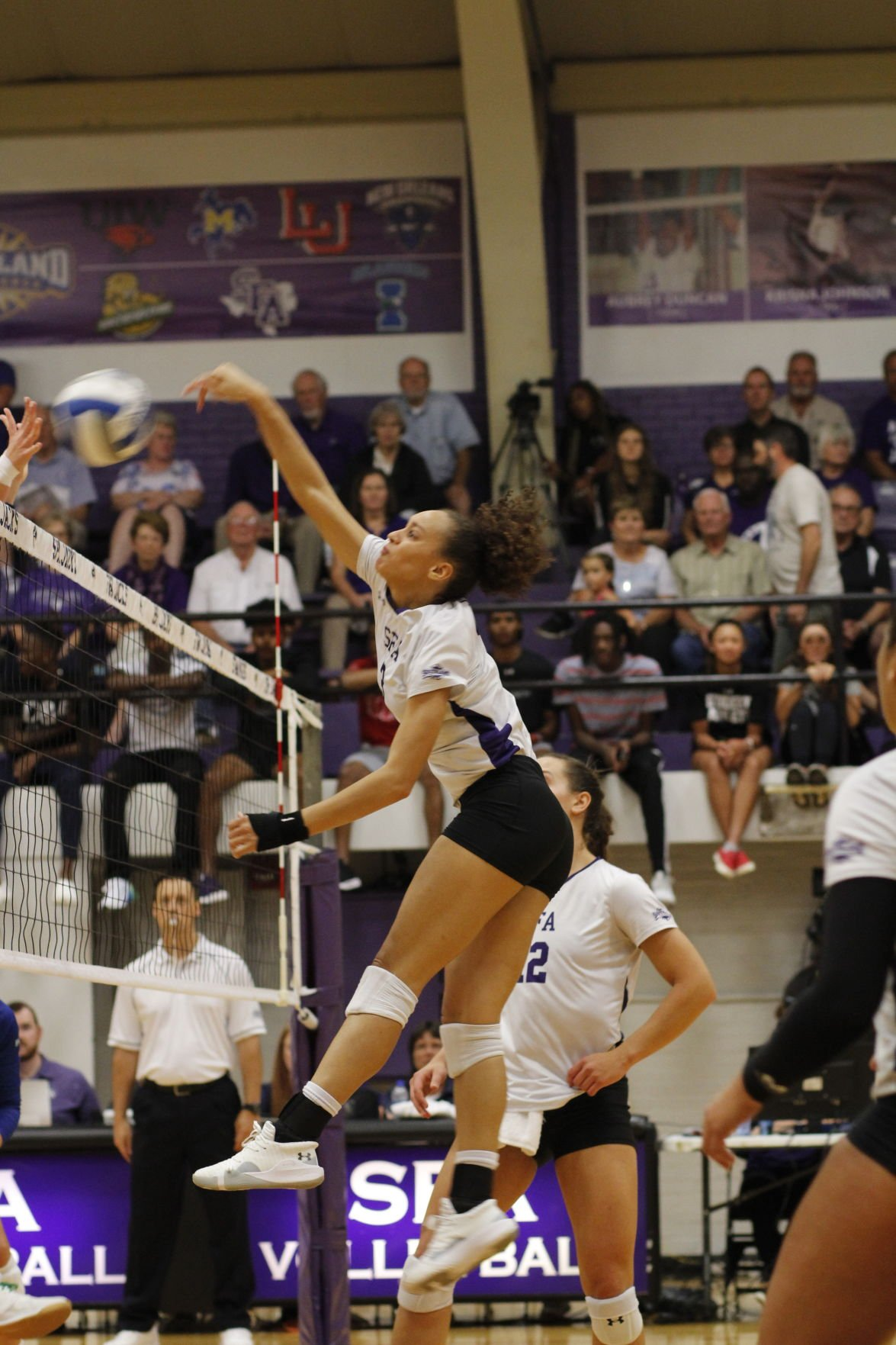 SFA volleyball team to face Lamar, McNeese during conference play after two SLC wins