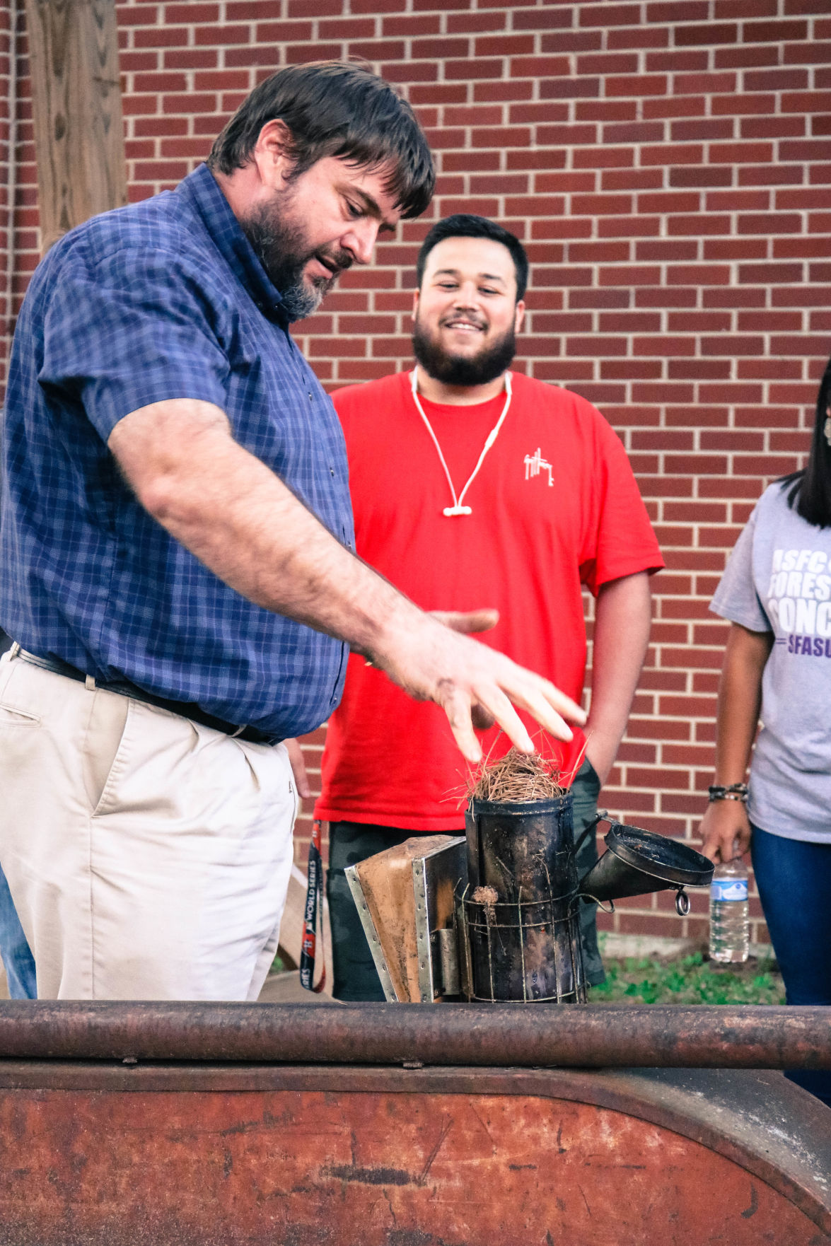 Club focuses on bee education and bringing more hives to campus