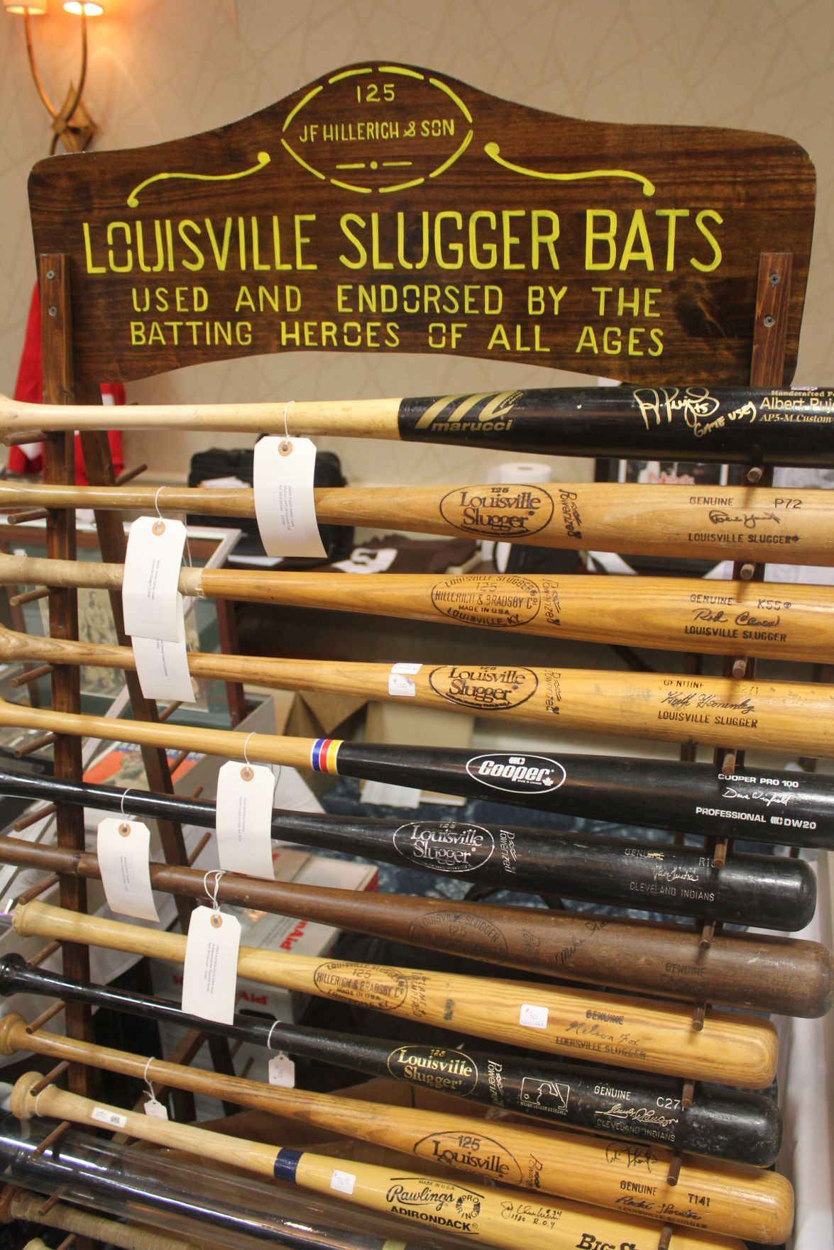 Largest Sports Memorabilia Show In Nation Comes To Strongsville