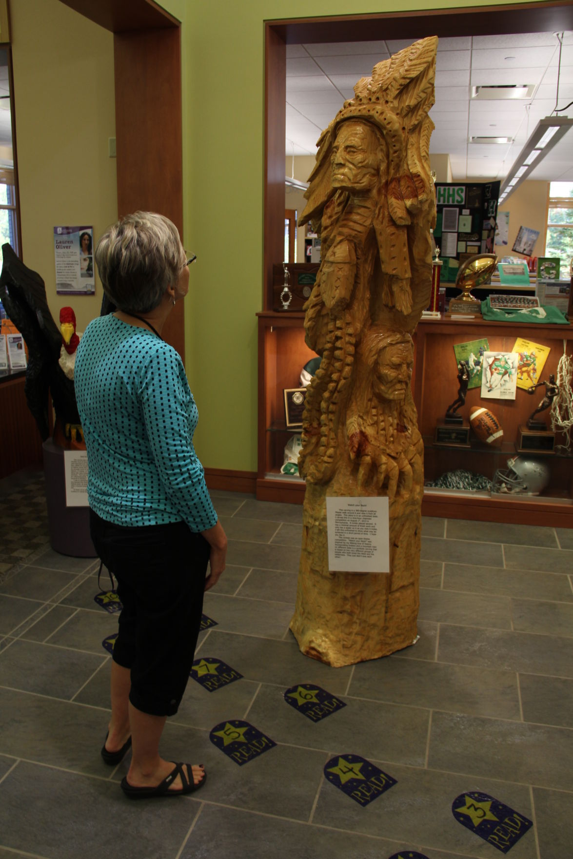 Library hosts chainsaw carving artist pat holbert breaking news
