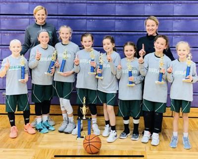 Highland 4th Grade Girls Travel Basketball Team