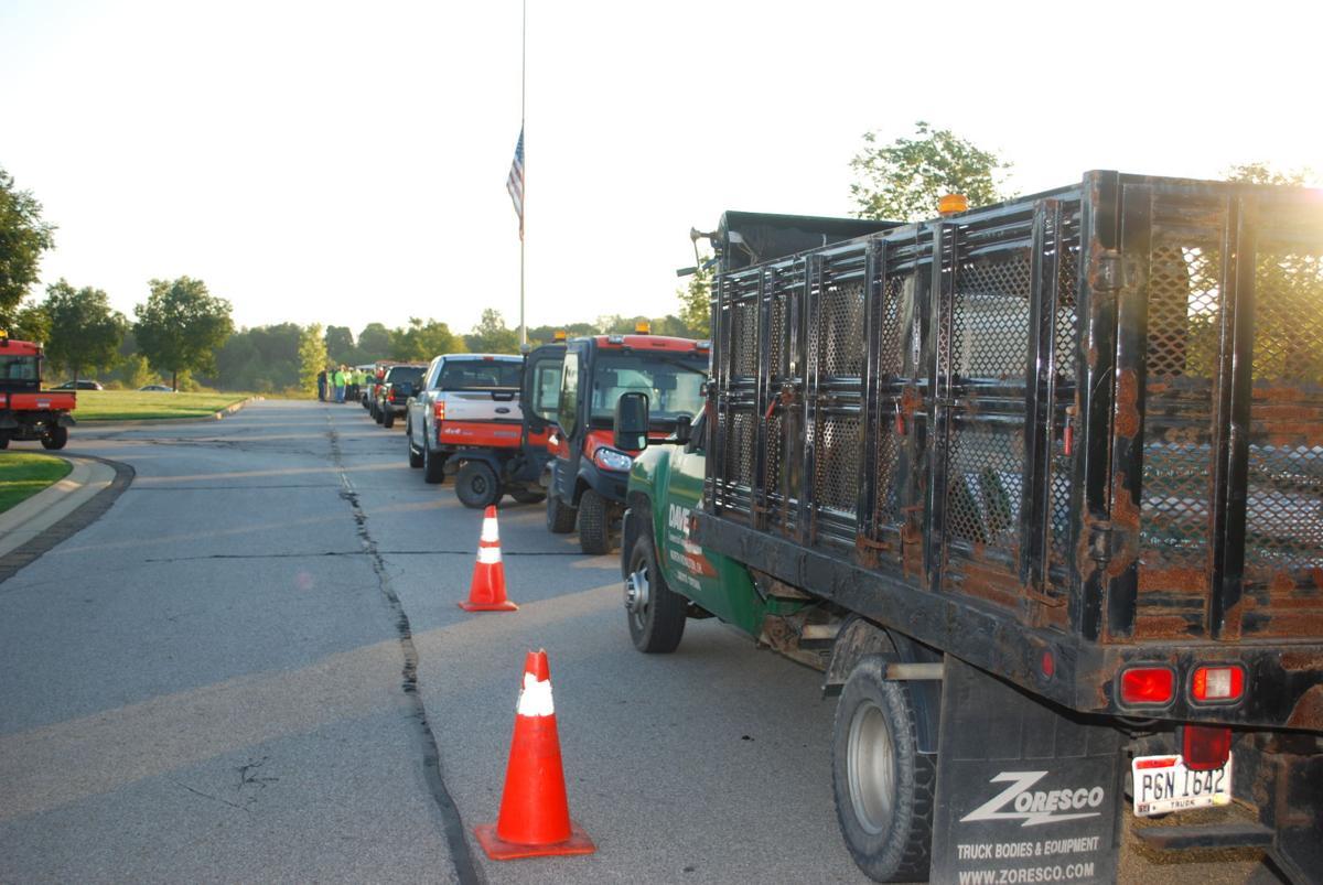 Arborists donate to national cemetery | Northern Wayne
