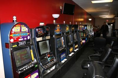 Council extends Internet cafe moratorium   Brunswick