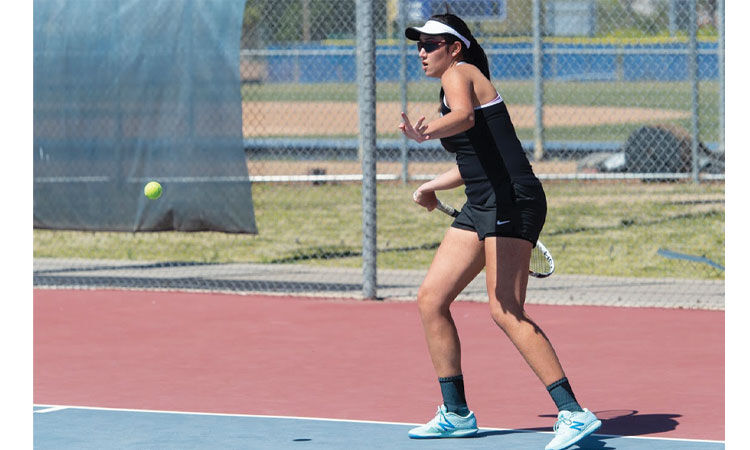 Tennis champions - Kayla Autajay