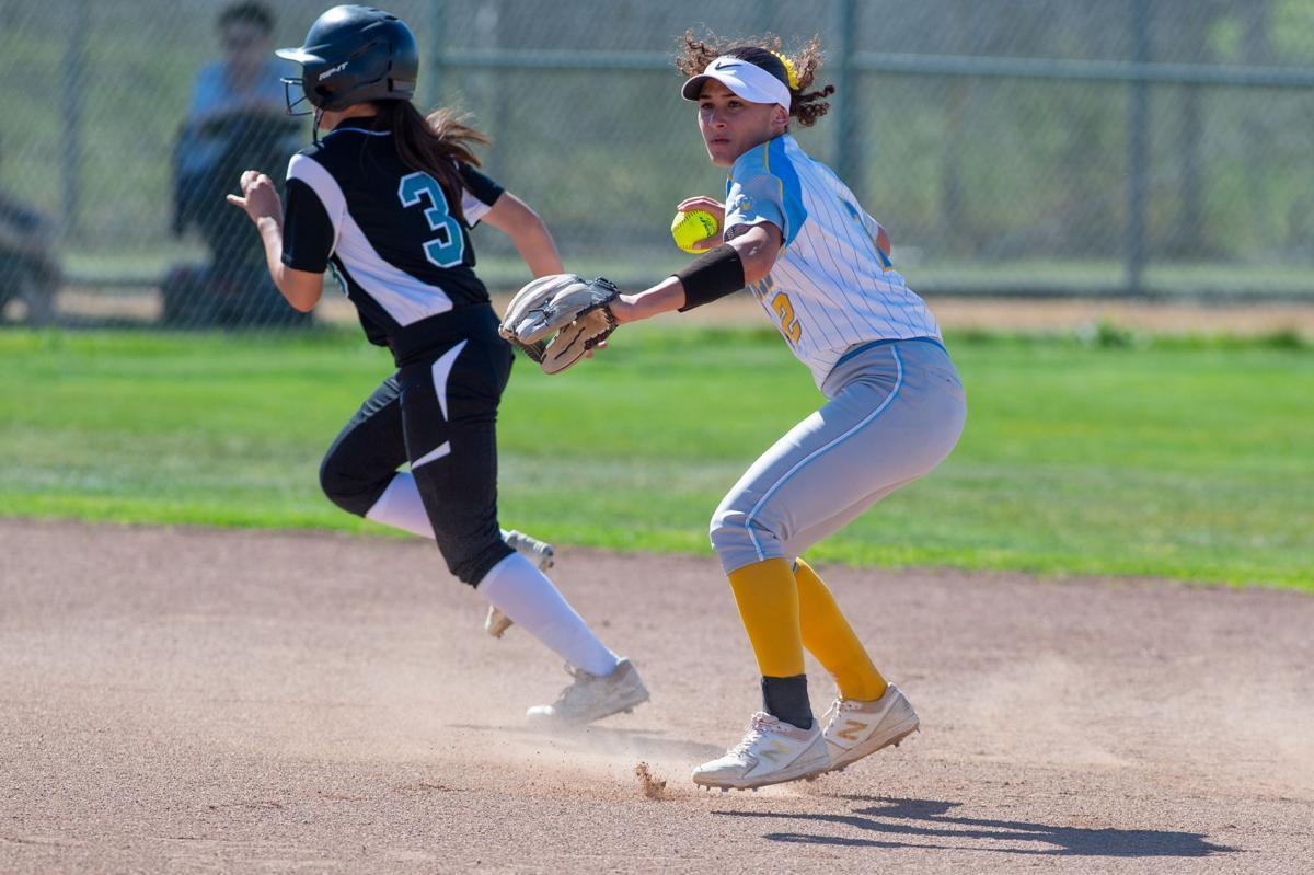 SP DVHS v HHS softball